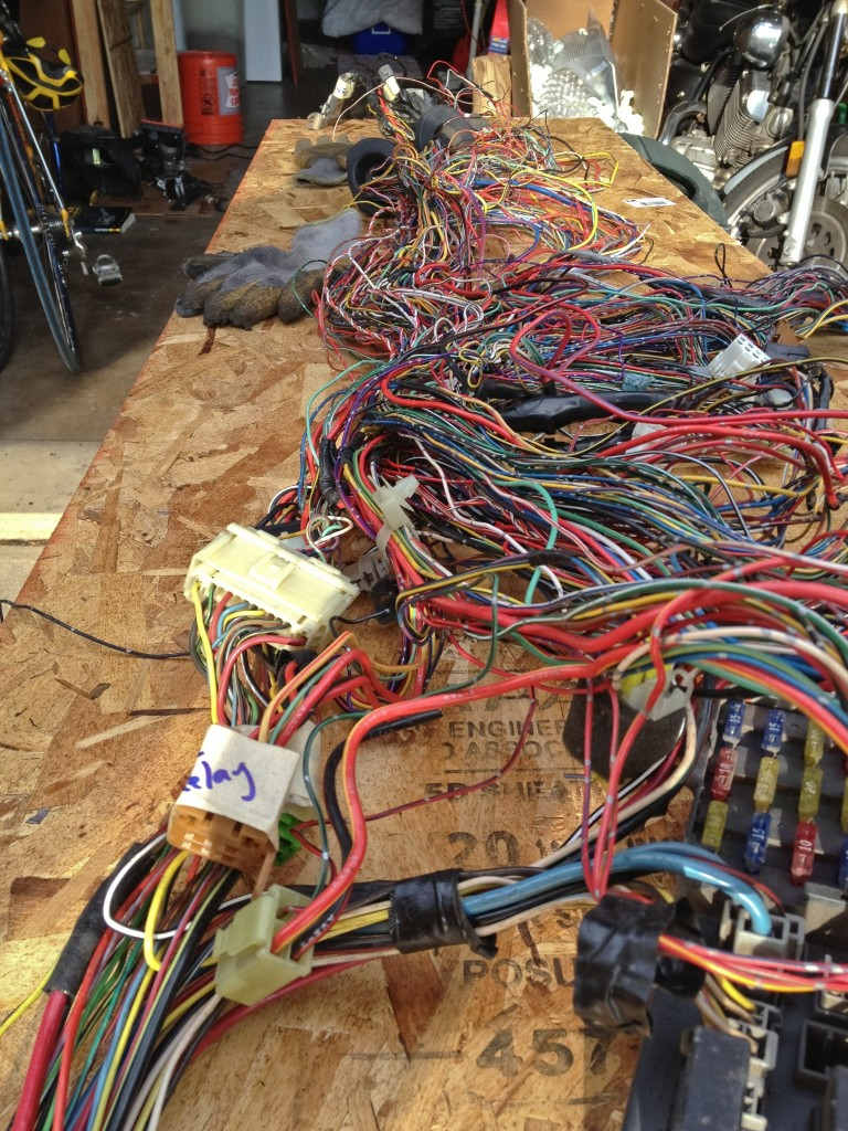Mess-o-wires