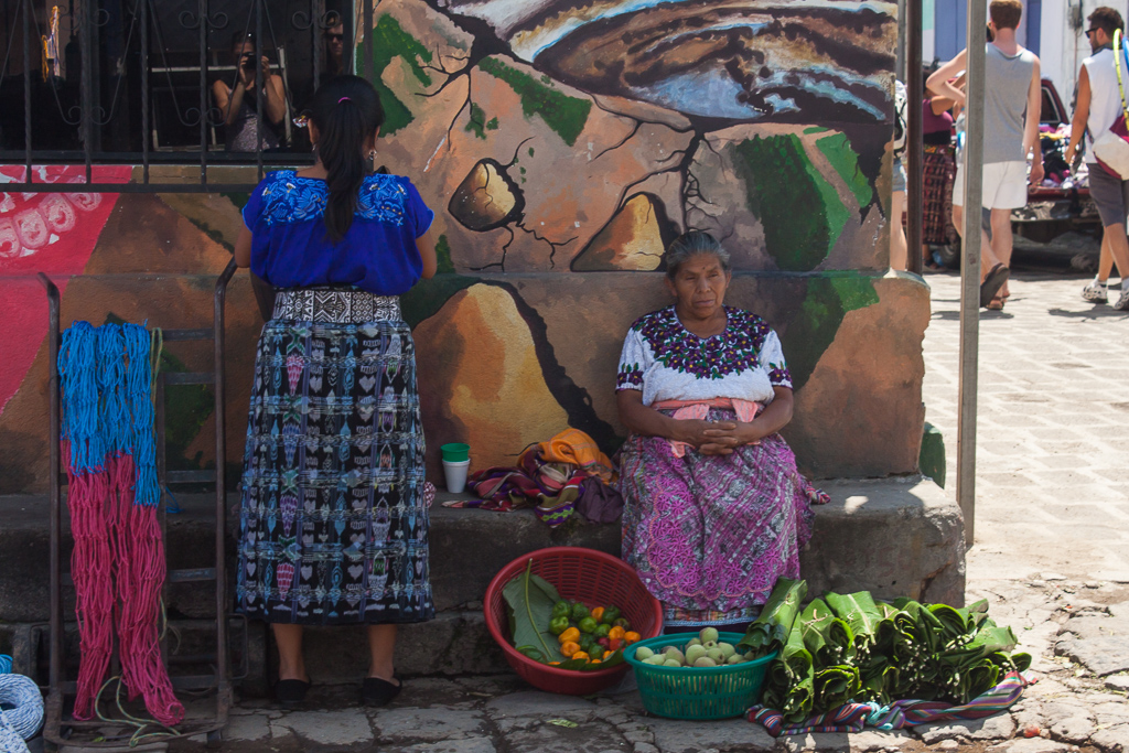 The typical clothing of the local Mayan women.