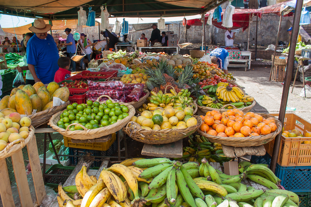The awesome weekend market at Villa de Leyva.