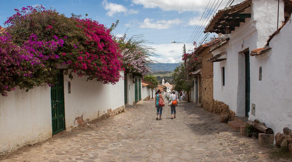 Emily and Elizabeth in Villa de Leyva.
