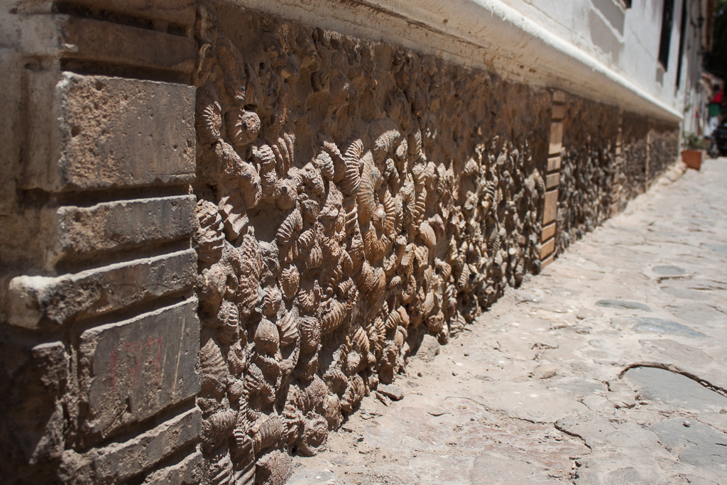 Wall made of fossil shells, Villa de Leyva.