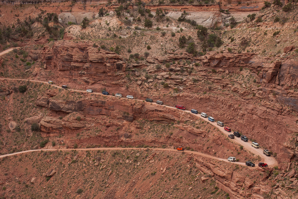Heading down Shafer Trail.